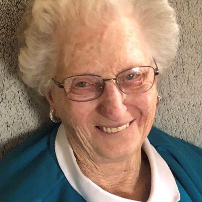 Elaine  Long's Image