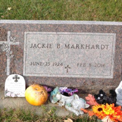 Jacqueline  Markhardt