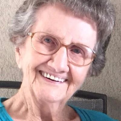 Virginia  Iris Hagebusch Basinger's Image
