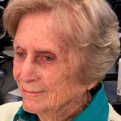 Joan  Boozer Elder's Image