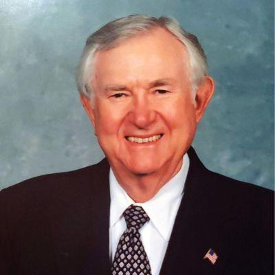 Dr. E. W.  ?Bill?   Holloway, Jr.'s Image