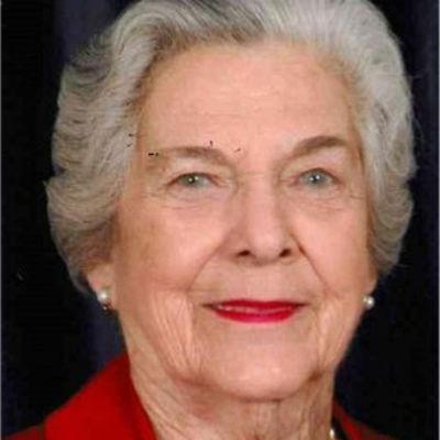 Sue  Kennedy  Warren's Image