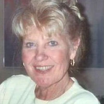 Sandra  Mitchell's Image