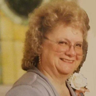 Lorraine  Mickow's Image