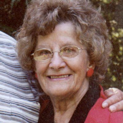Helene  Deneen's Image