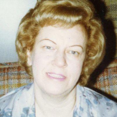Shirley  Powell
