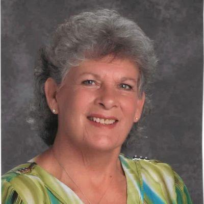 Vicki Darlene Mink Hooper