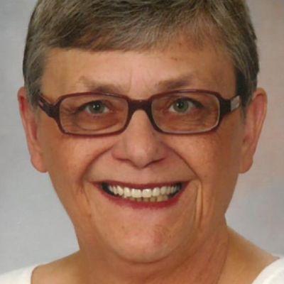 Rosalie  Roland