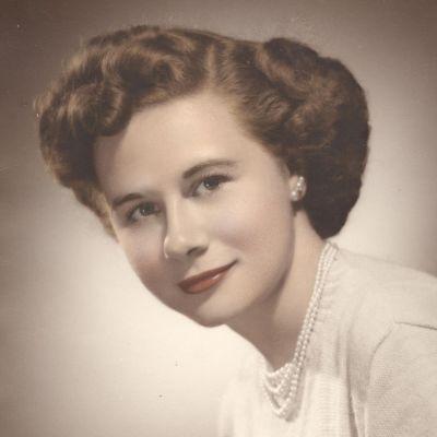 Ella  Zakrzewski