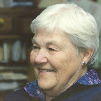 Dorothy  Adams's Image