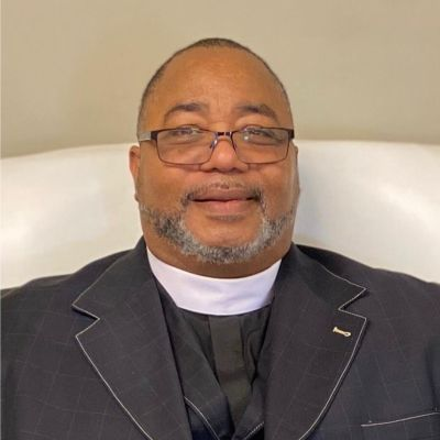 Bishop  Bruce Davis's Image