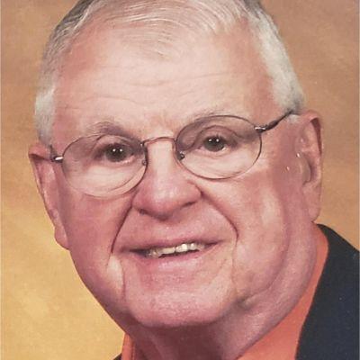 Robert J Dacey's Image