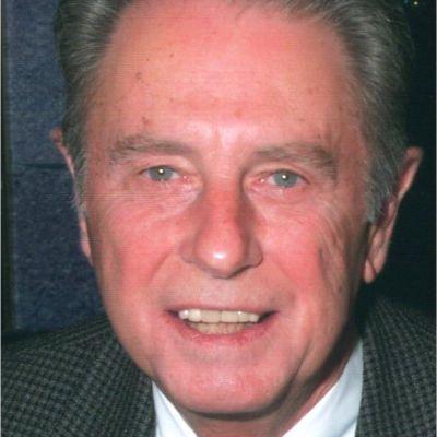 Dr.   Jan   J.  Shook's Image