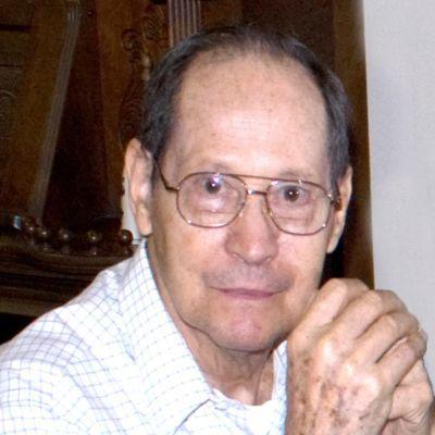 William (Bill) E. Richard's Image