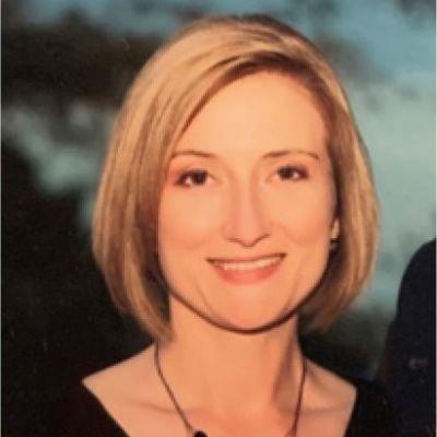 Lynne Pierce Dean's Image