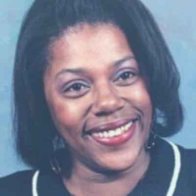 Carolyn D Sampson