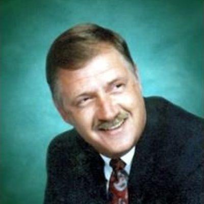 Douglas  Simmons's Image