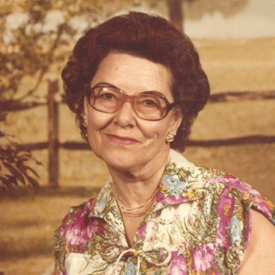 Helen  Davis Sweatt's Image