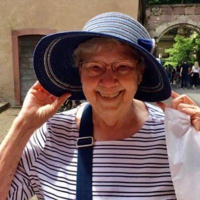 Elaine Ruth Kling's Image