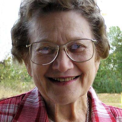 Marion  Holt's Image