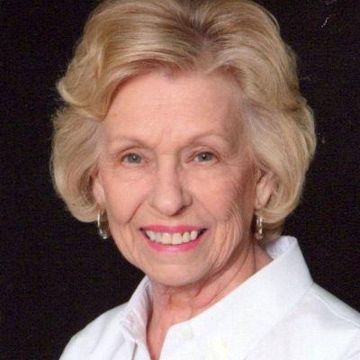Lois R. Woods's Image