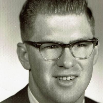 Dennis  Brady's Image