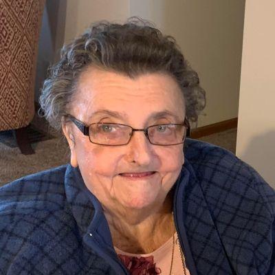 Doris E. Lindsey's Image