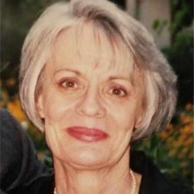 Jeanmarie  Lynch's Image