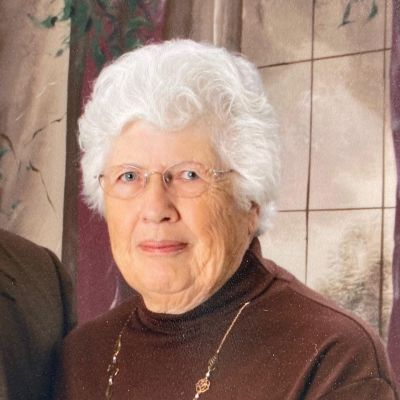 Elizabeth Jane Straley's Image