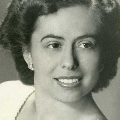 Alma  Liabastre Hoyle's Image
