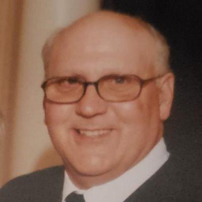 Stephen  Strock