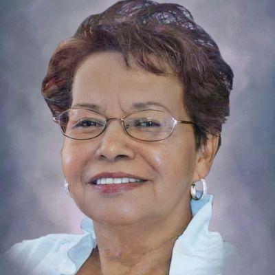 Elvira R. Herrera's Image