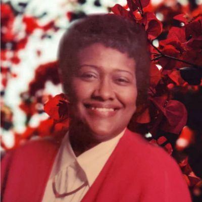 Clara  Dixon's Image