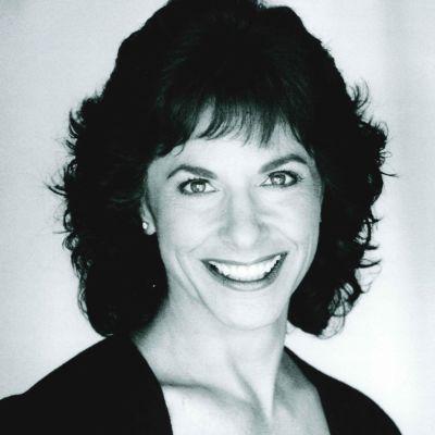 Jane E.  Savoie's Image