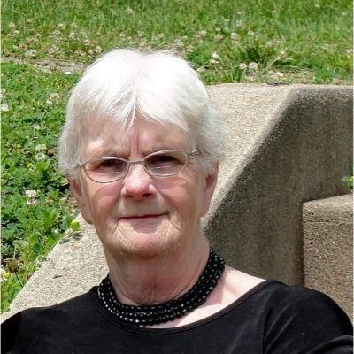Donna L. Dobbins's Image