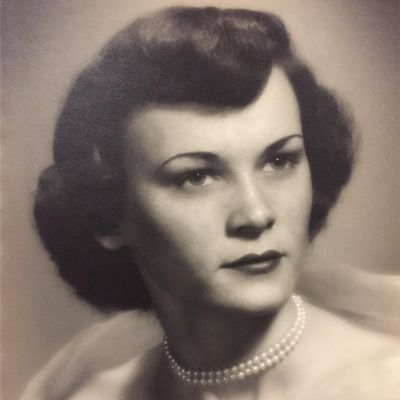 Carolyn Bland Worrill's Image