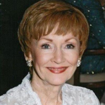 Elaine  Lykes's Image
