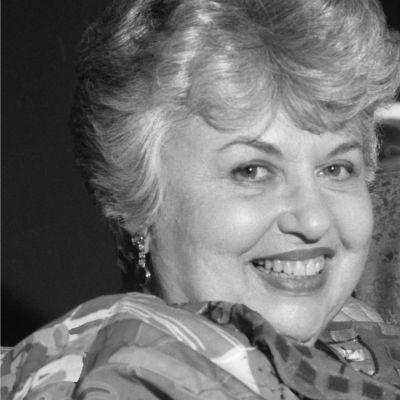 Dr. Joyce  Hajosy's Image