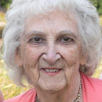 Joan Helen (Humenanski) Grimes's Image