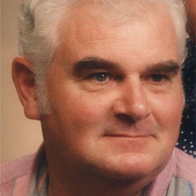 """Elwyn """"Pete"""" Lee Tomlinson's Image"""