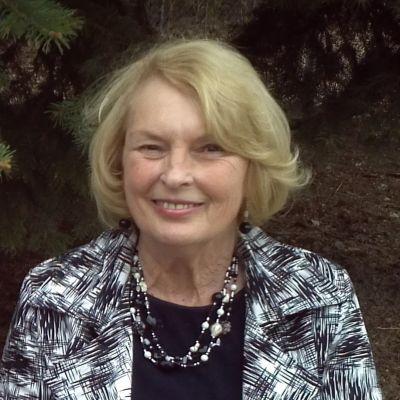 Carolyn  Anderson's Image
