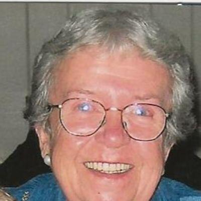 Donna J. Hinchcliffe Carlson's Image