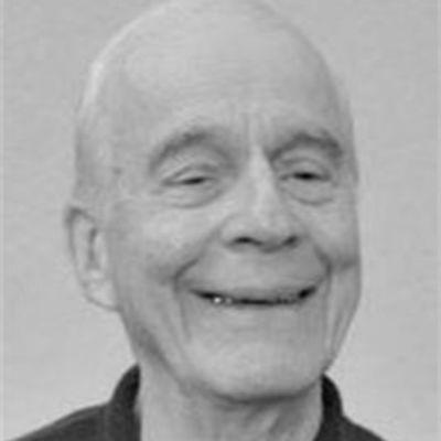 Rev. Kenneth  Grabner, C.S.C.'s Image