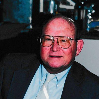 Kenneth L.  Pheasant's Image