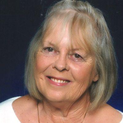 Susan  Ouellette's Image