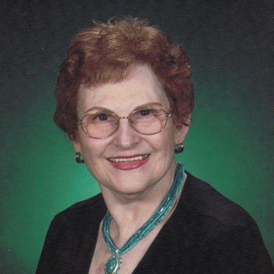 Joyce  Pettit's Image