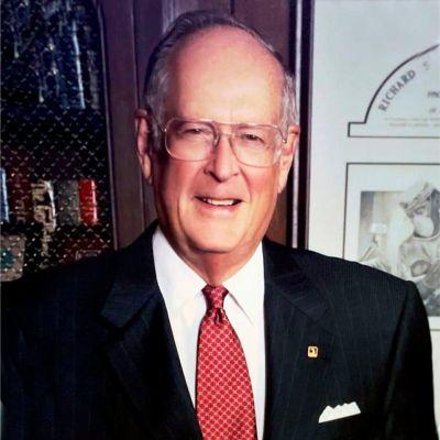 "Dr. Richard Shelton ""Pete""  Hollis's Image"