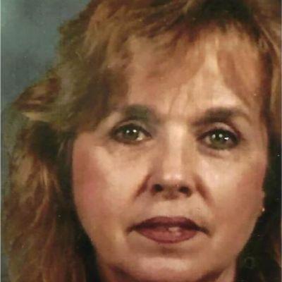 Caroline  Cabe's Image