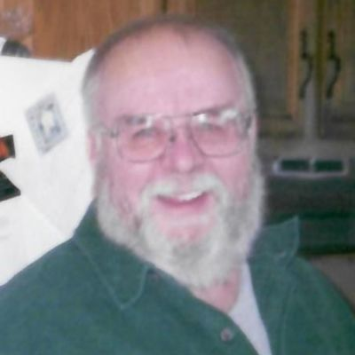 Edward R. Howe