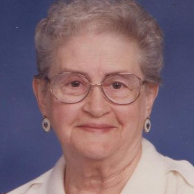 Miriam Iris Portie (Cade) Ney's Image